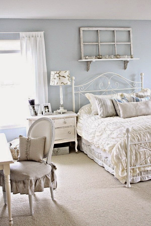 Vintage White Bedroom Decorating Idea.