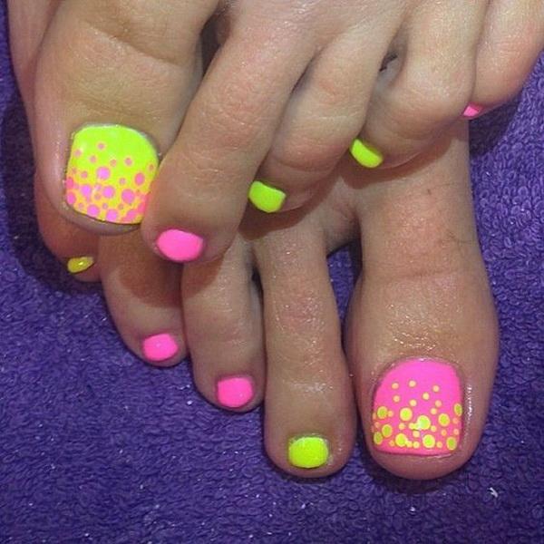 Neon Toe Nail Art Design.