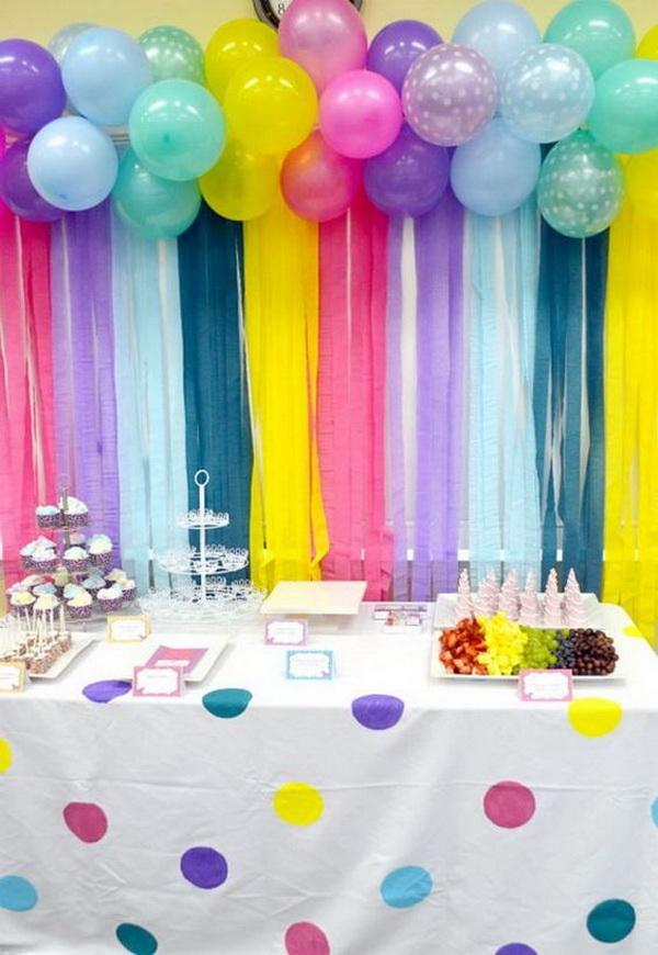 Balloon Decoration Part - 28: Adorable Balloon And Streamers Backdrop