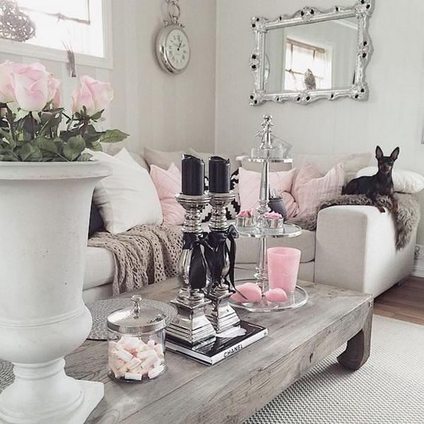 Beautiful Rustic Chic Living Room Decoration.