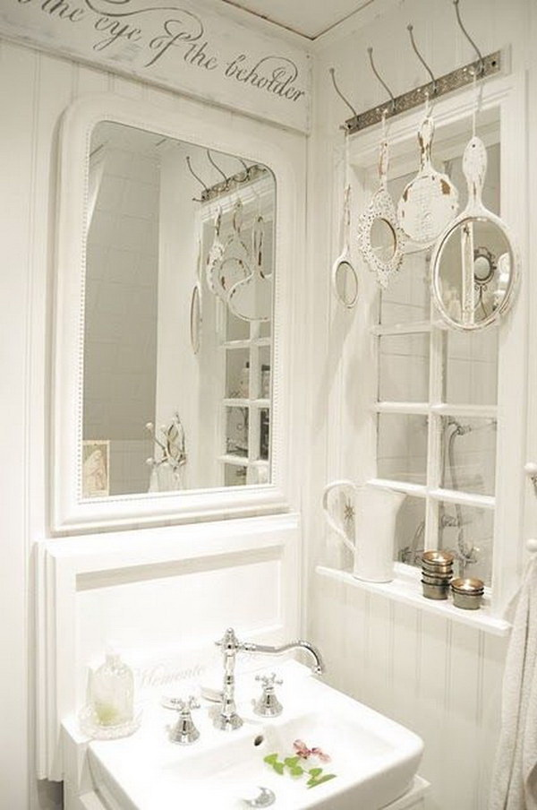 Decorating With Shabby CHic Mirrors