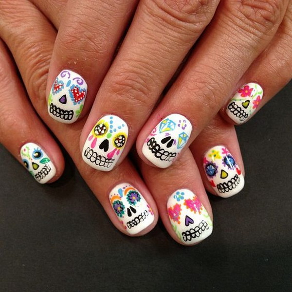 Cutest Nail Art for Halloween. Halloween Nail Art Ideas.
