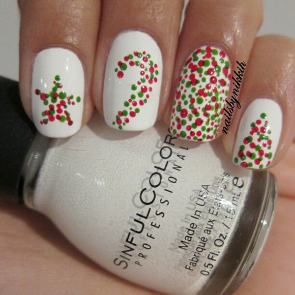 Simple Christmas Nail Art.