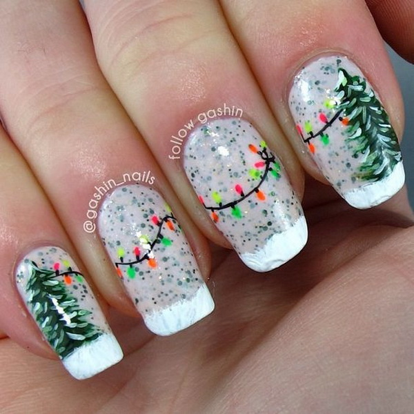 green christmas tree and string lights manicure