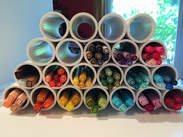 PVC Pipe Marker Storage. A handy, inexpensive way to store craft markers with PVC pipes for Under $10!