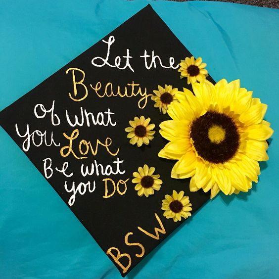 Awesome graduation cap decoration ideas. graduation hat designs.