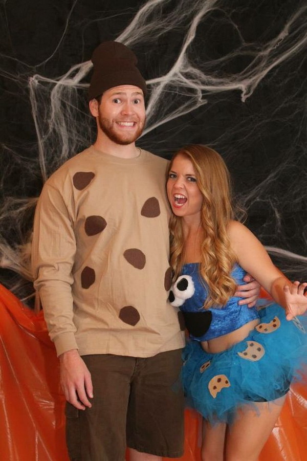Cookie Monster Couple Costumes. Stylish Couple Costumes for Halloween.