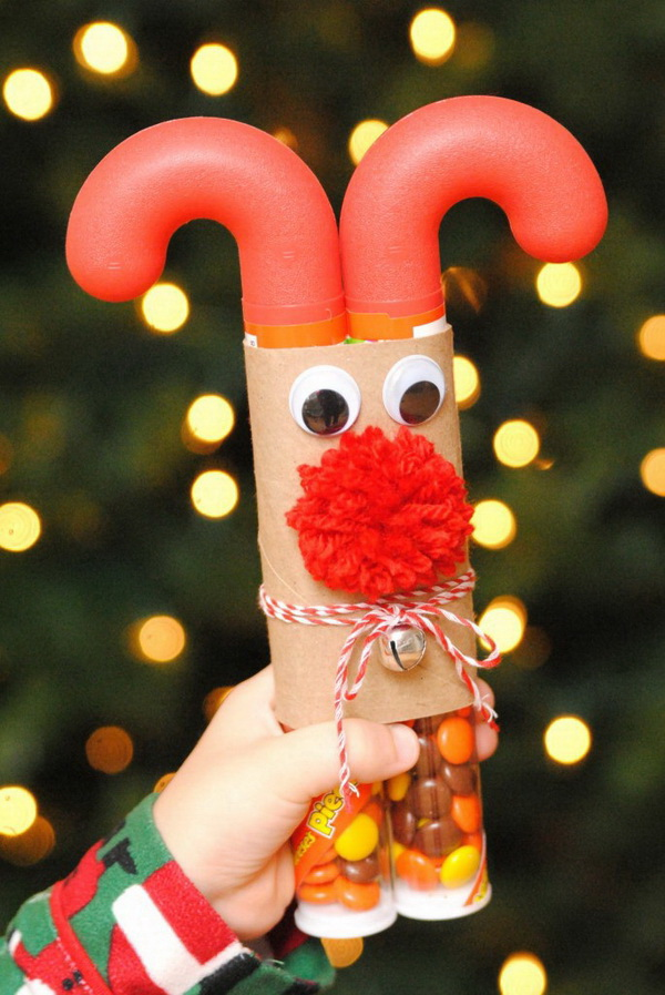 Christmas Neighbor Gift Ideas: Candy Cane Reindeer