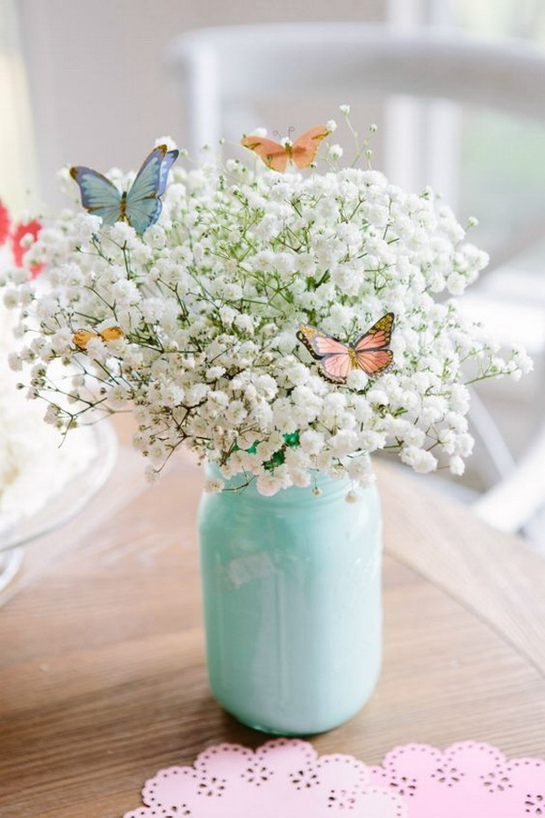 DIY Easter Decoration Ideas: Beautiful Butterfly and Baby's Breath Bouquet.