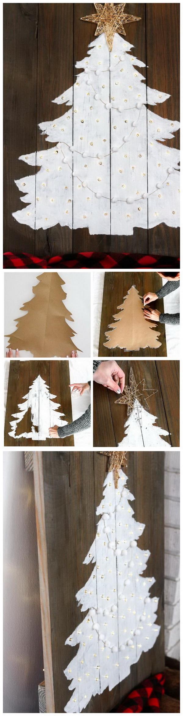 LIGHT UP Christmas Tree.