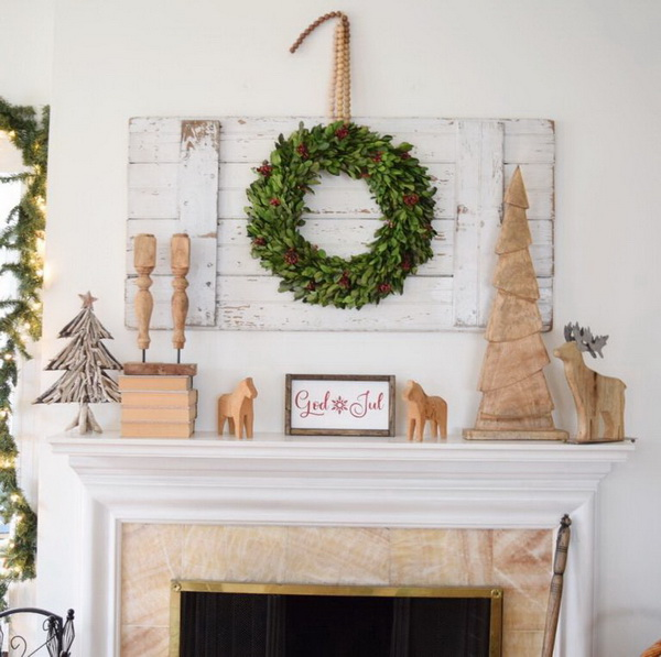 Scandinavian Chic Christmas Mantel Decoration.
