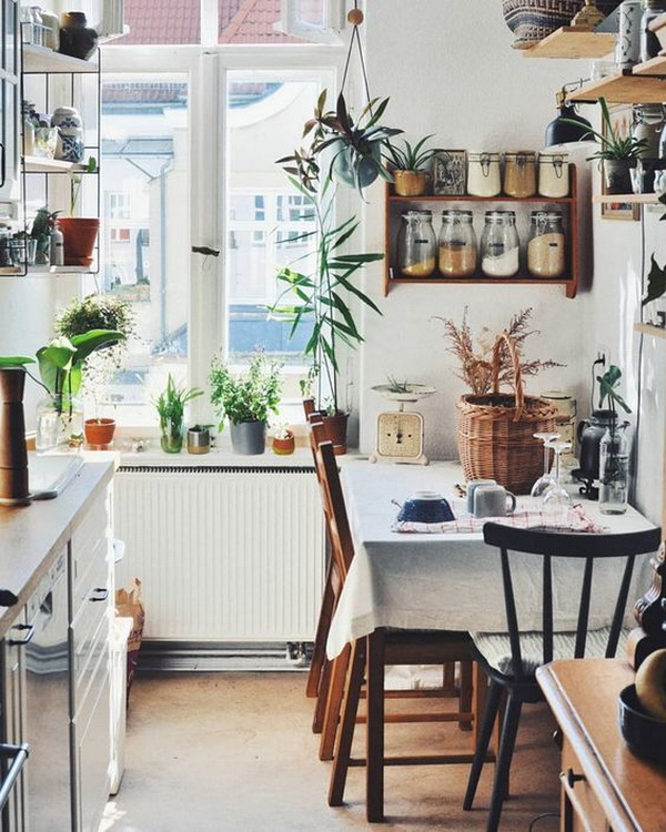 Boho kitchen with eclectic mix that will make you dream. Make an eclectic mix with a bohemian vibe in your dreamy kitchen.