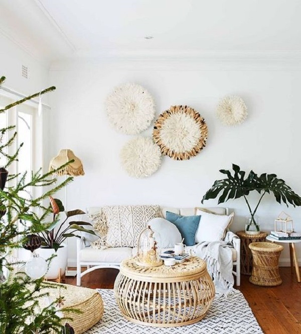 Boho chic living room decoration.