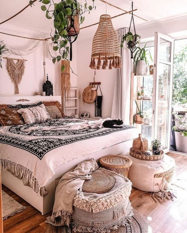Boho style bedroom design.