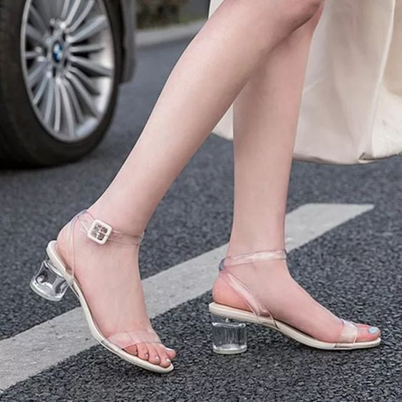 Elegant Heels Evey Woman Wants to Know.