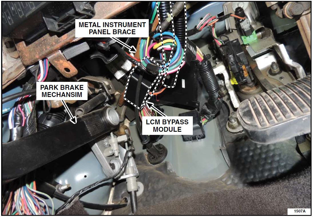 hight resolution of safety recall 15s39 headlights inoperative 2003 2005 ford crown victoria mercury grand marquis oemdtc