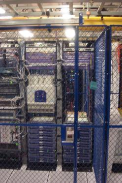 FL-Data Center Cage-BLU (3)