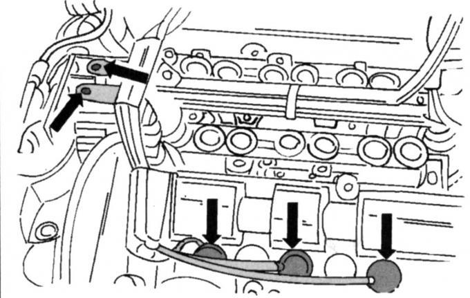 Снятие и установка левой крышки головки блока цилиндров