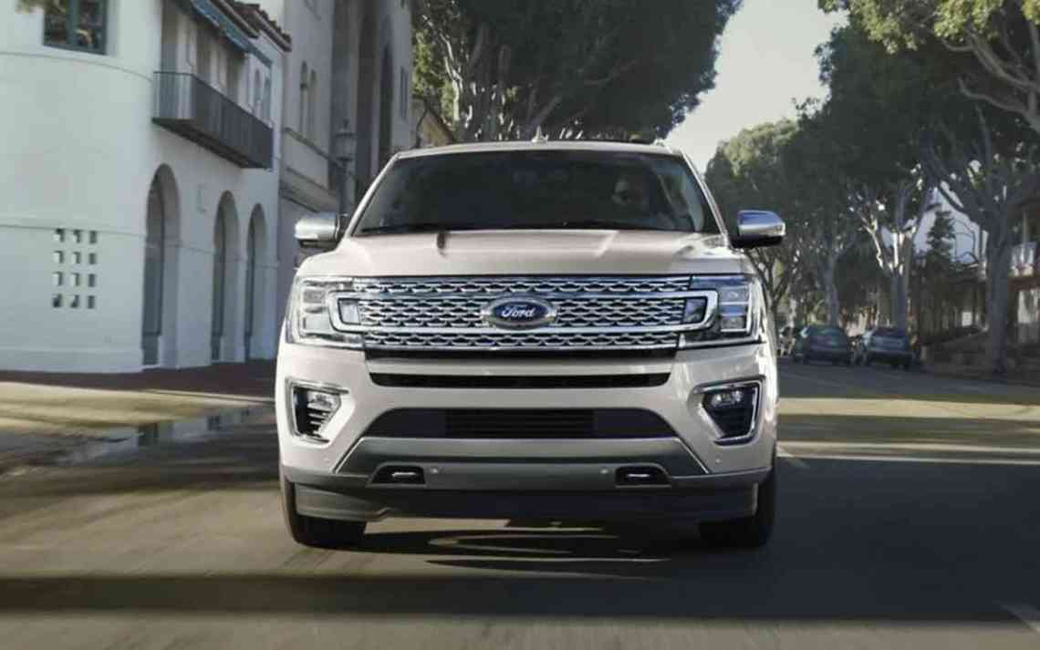 2022 Ford Expedition A batch of new spy photos from a reader shows that Ford is working to give the Expedition a mid-cycle refresh