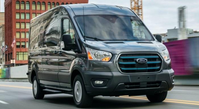 2022 Ford E-Transit Exterior