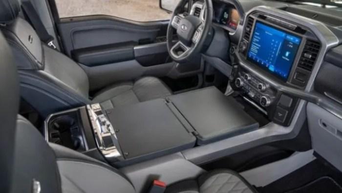 2023 Ford F-150 Hybrid Interior