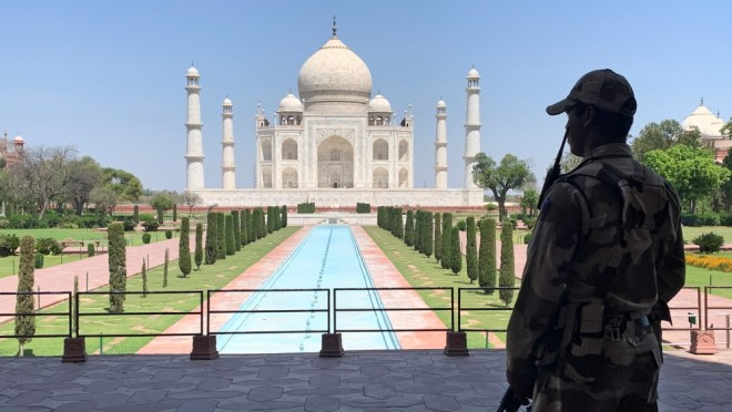 Taj Mahal lockdown