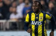 Conte Chases Victor Moses For Inter's Shirt