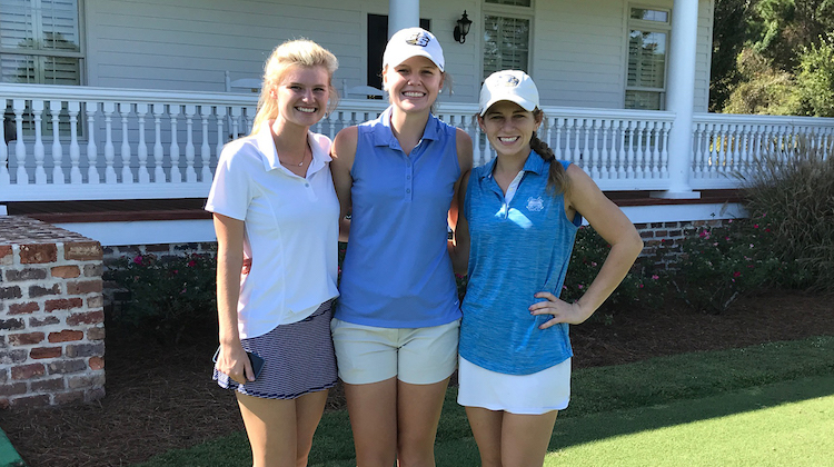 GS Athletics: Women's Golf Signs Three in Early Period