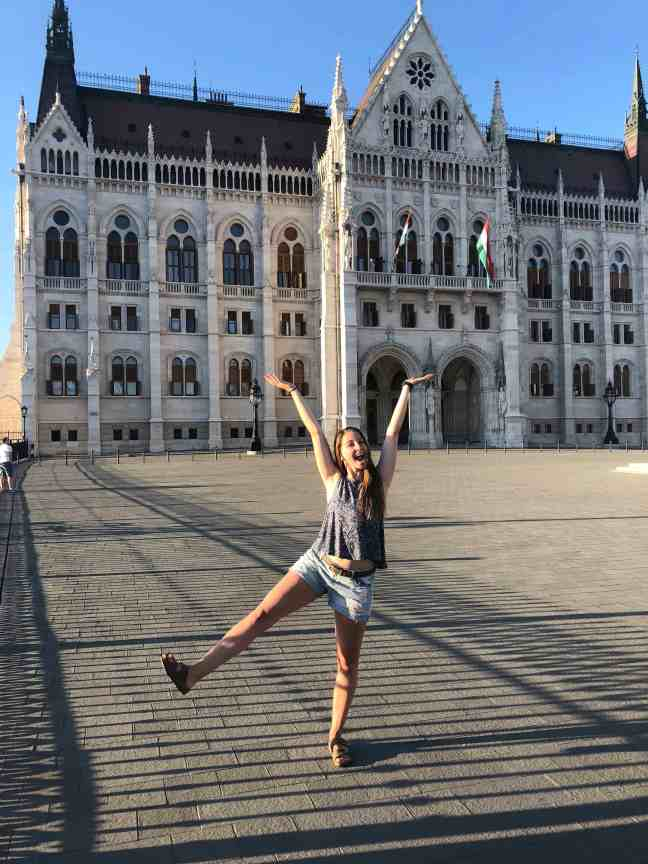 How I afforded to travel europe as a college student: free walking tours