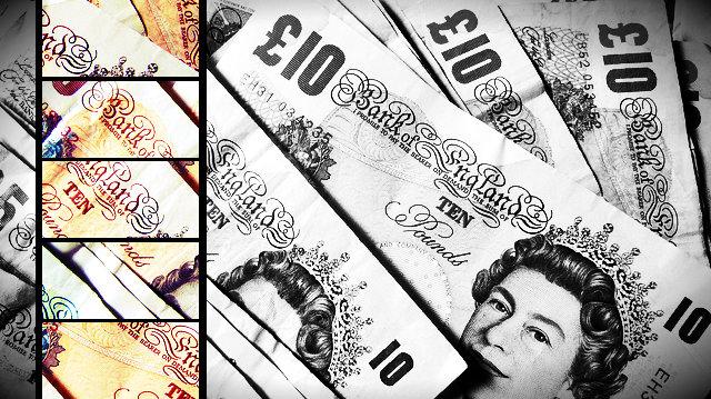 UK banknotes, courtesy Flickr/ Howard Lake (CC BY-SA 2.0)