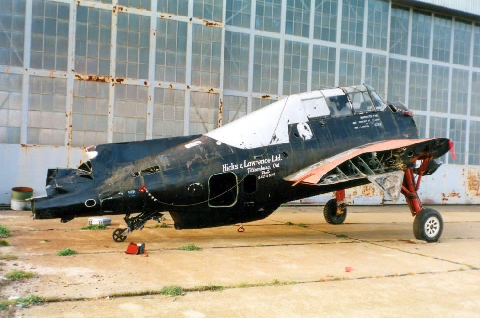 CFBQSN7029C  Aerial Applicators D16  Hicks  Lawrence