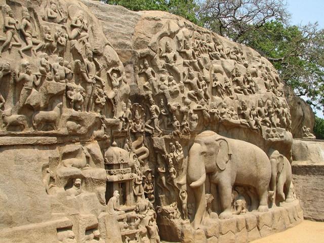 resizedBalaji photoIndia_-_Mamallapuram_-_030_-_Arjunas_Penance_Bas_Relief_(490988077)