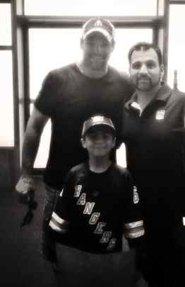 Joey Kocur with FTHN EIC, Anthony Scultore and his son at 1994 REUNION