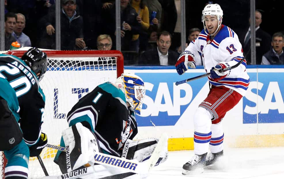 563d664375c Kevin Hayes is the Rangers biggest decision during this rebuild - FOREVER  BLUESHIRTS