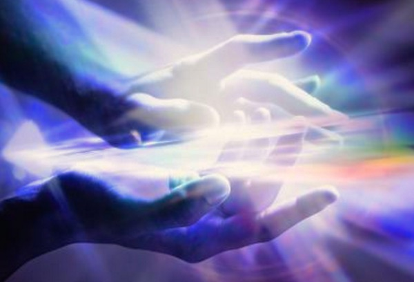 How to Send Distant Energy Healing to Anyone - Forever Conscious