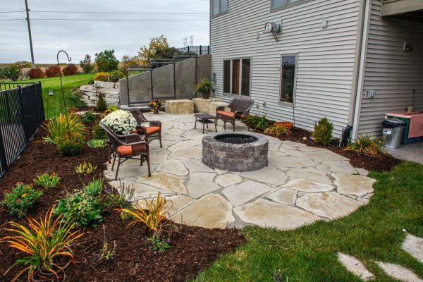 outdoor patios - landscaping design