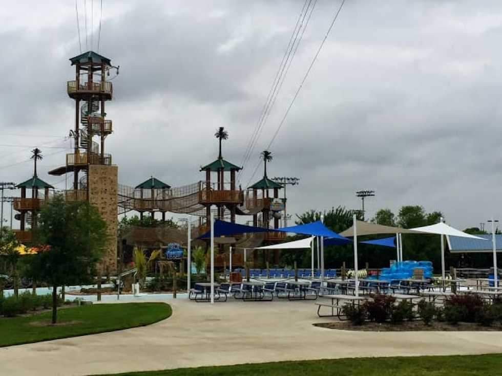 Hawaiian Falls Texas Blogger Luncheon & Event