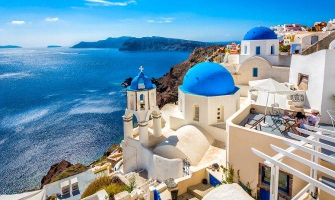 paradise-island-santorini-mediterranean