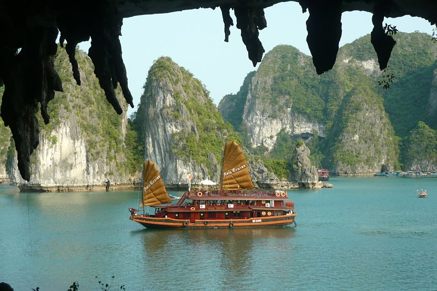 halong bay-guide