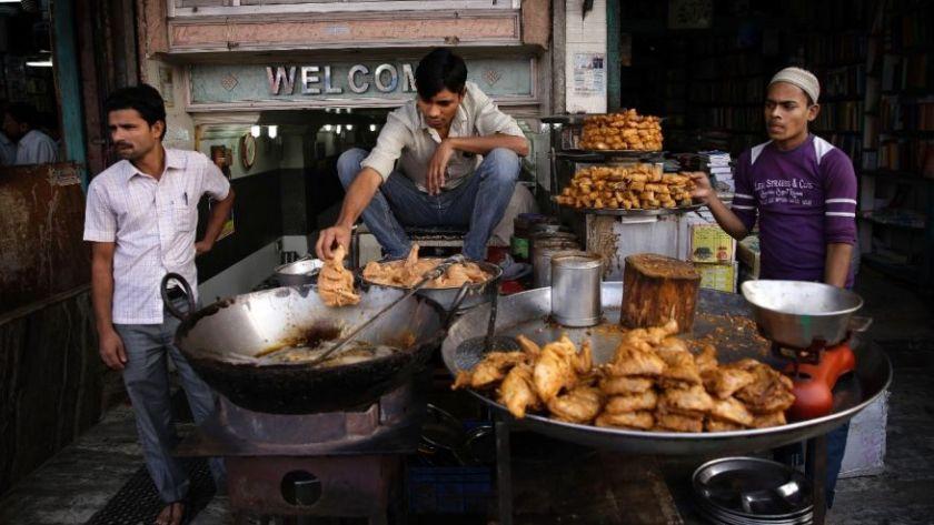 India-street-food-samosas