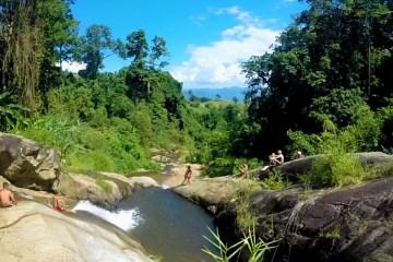 mor-paeng-waterfall-thailand