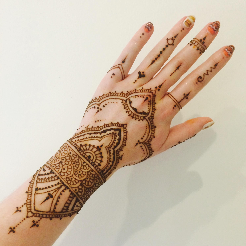 Henna Hand: Henna Hands
