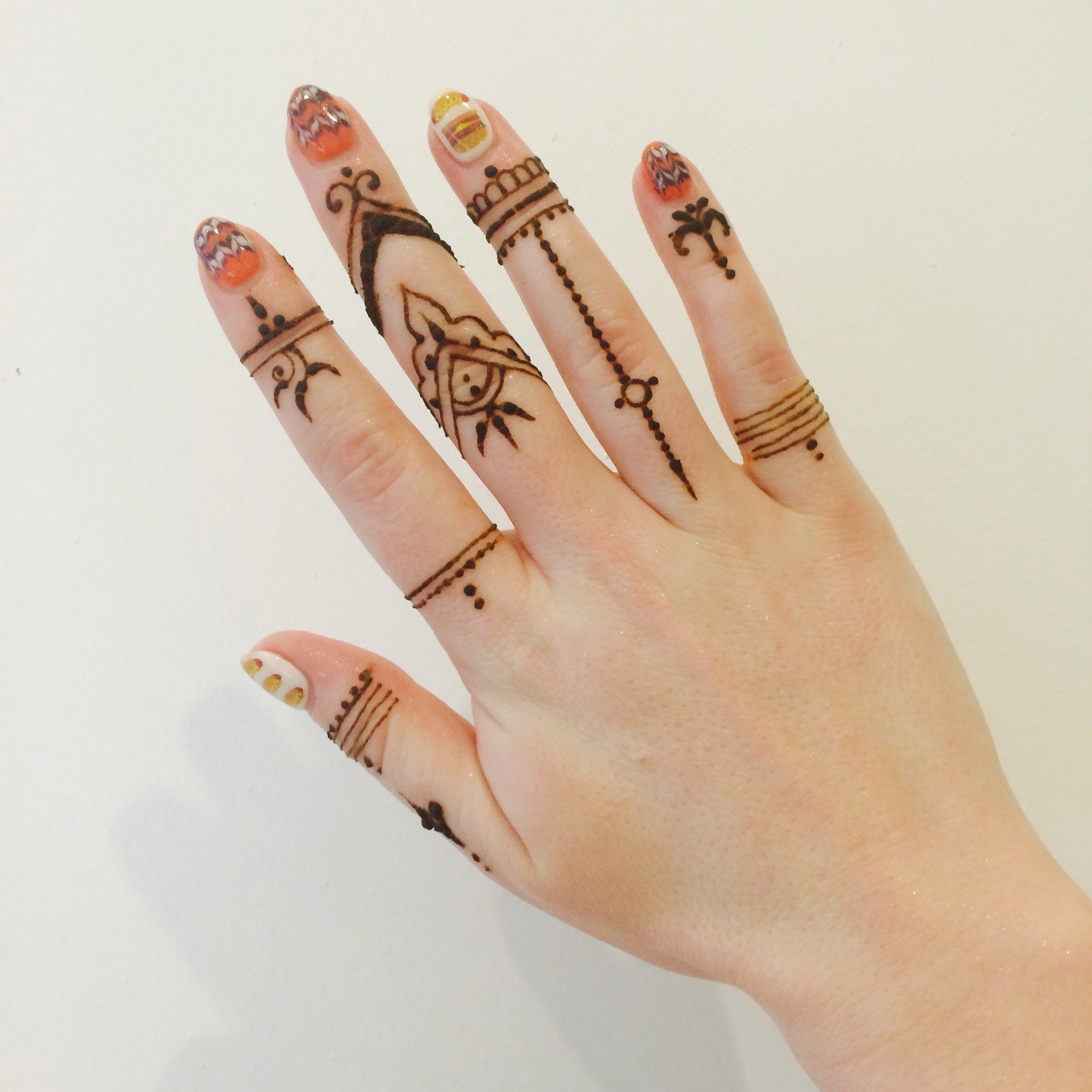 Henna Tattoo Pen: Forever Yours, Betty