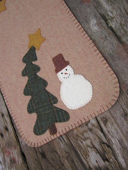 https://www.etsy.com/listing/488025331/wool-penny-rug-snowman-penny-rug-wool?