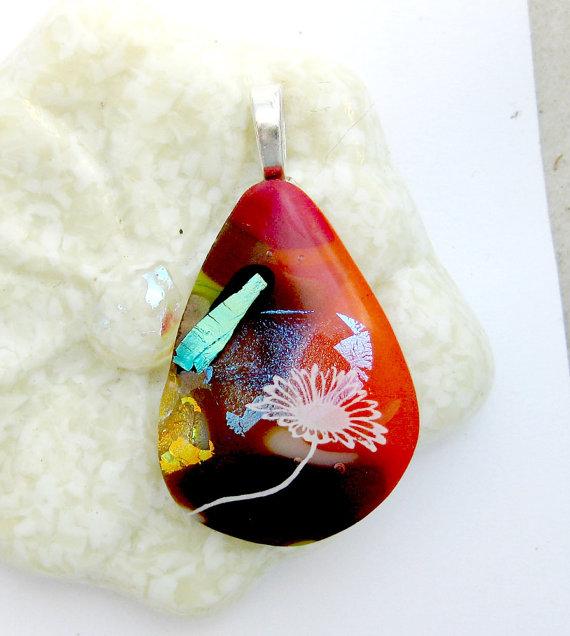 https://www.etsy.com/ca/listing/463884123/dancing-fused-glass-flower-pendant?