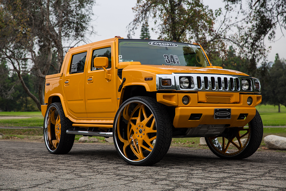 Crown Vic Car Wallpaper Hummer On 34 Inch Forgiato Wheels