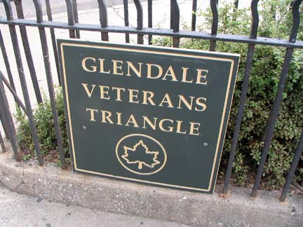 Glendale Veterans Triangle Sign