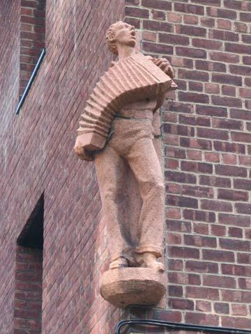 PARKCHESTERS SCULPTURES  Forgotten New York