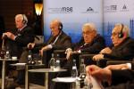 MSC_2014_Schmidt_GiscardDEstaing_Kissinger_Bahr2_Zwez_MSC2014-150×100