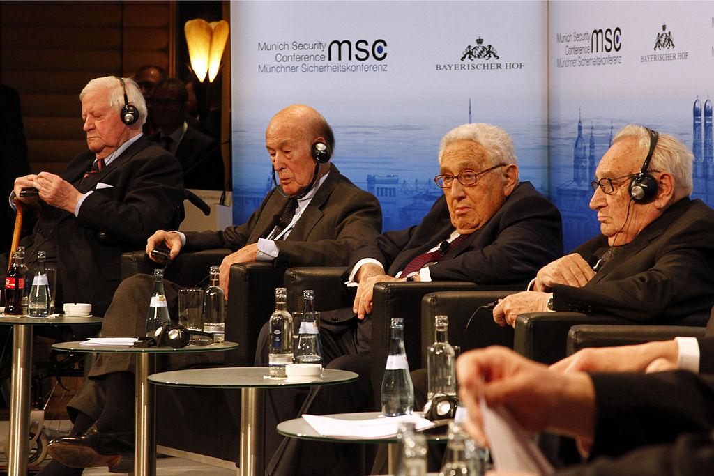MSC_2014_Schmidt_GiscardDEstaing_Kissinger_Bahr2_Zwez_MSC2014